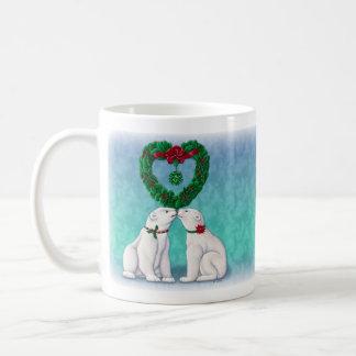 Beso del oso polar taza básica blanca