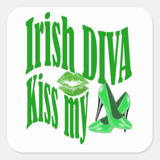 Beso irlandés de la diva mis zapatos calcomanías cuadradas
