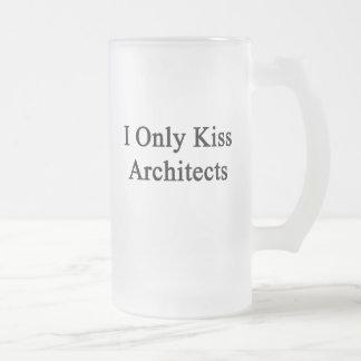 Beso solamente a arquitectos taza de cristal
