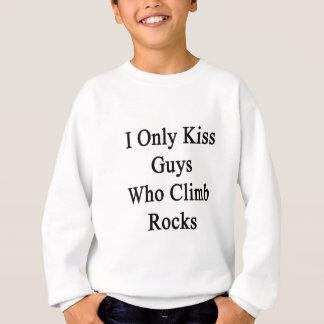 Beso solamente a los individuos que suben rocas polera