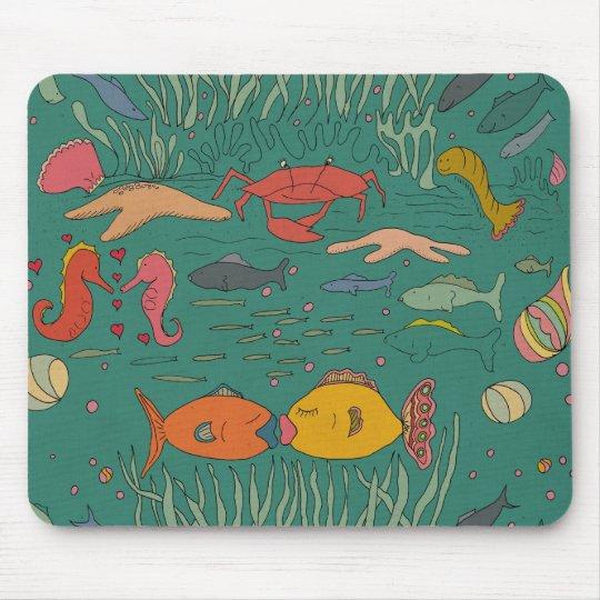Besos a pescado mouse pad