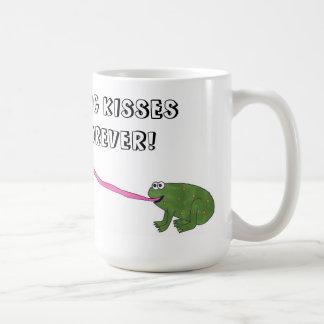 ¡Besos de la rana para siempre! (Taza del color de