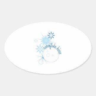 Besos del copo de nieve calcomanía de óval