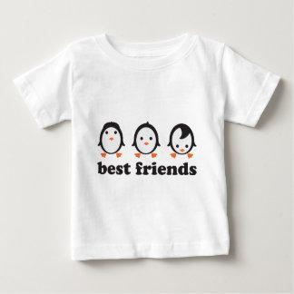 best friends - pingüinos playera de bebé