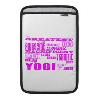 Best Girls Yogis Yoga : Pink Greatest Yogi MacBook Sleeve