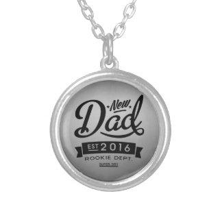 Best New Dad 2016 Round Pendant Necklace