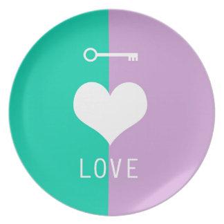 BEST-SELLING AMAZING ORIGINAL HEART LOVE & KEY MELAMINE PLATE