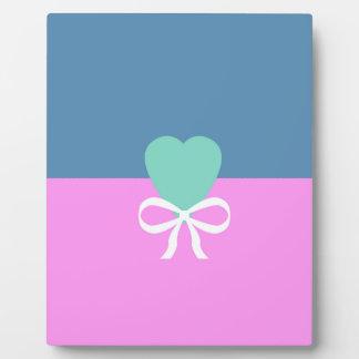 BEST-SELLING ORIGINAL DESIGN LOVE GREEN HEART PHOTO PLAQUE