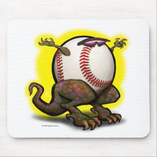 Bestia del béisbol tapetes de ratón