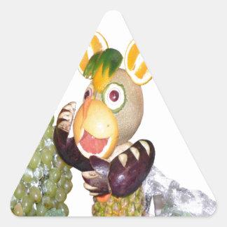 bestias talladas de la fruta que cantan el ratón pegatina triangular