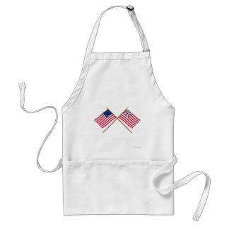 Betsy Ross cruzado y banderas de unión magníficas Delantal