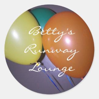 , Betty's RunwayLounge Round Stickers