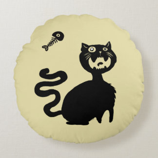 Beware Hungry Cats! Round Pillow