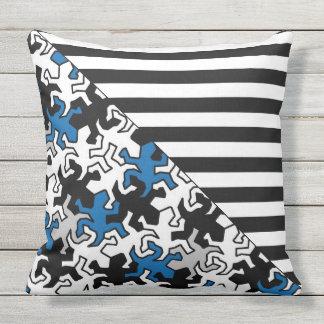 BG Stripes Pattern wide black + geckos mosaic Outdoor Pillow