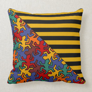BG Stripes Pattern wride black + geckos mosaic Pillows