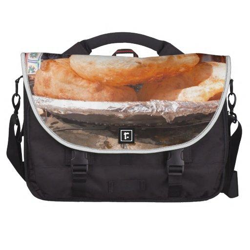 Bhatura - bocado indio sabroso bolsas de portátil