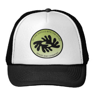 BI NKA BI PEACE AND HARMONY Hat