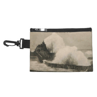 Biarritz Ruse de Marée Tempest 1920 Accessory Bag