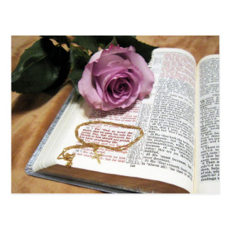 Biblia y color de rosa púrpura - 3:16 intrépido de postal