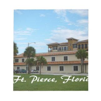 biblioteca céntrica de Fort Pierce la Florida Blocs