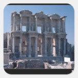 Biblioteca de Celsus, construida en el ANUNCIO 135 Pegatina Cuadrada