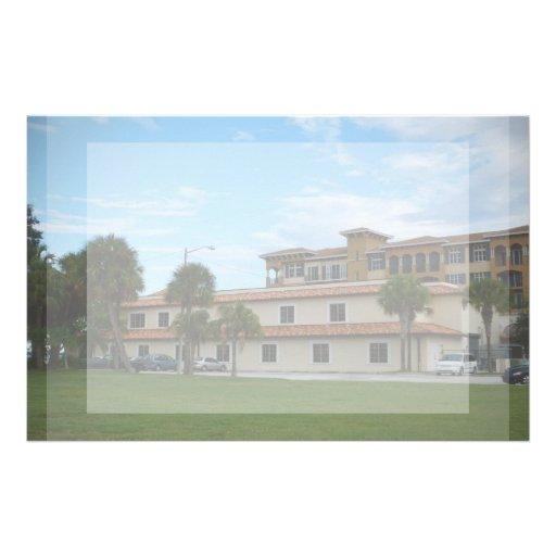 Biblioteca del pie Pierce la Florida Papeleria