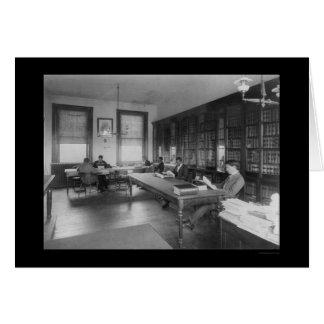Biblioteca jurídica en la universidad 1900 de tarjeta de felicitación