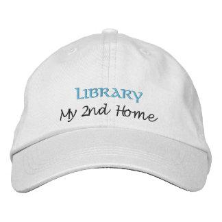 Biblioteca mi 2do casero gorro bordado