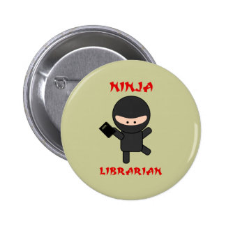 Bibliotecario de Ninja con el libro Pin