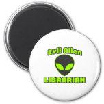 Bibliotecario extranjero malvado imán para frigorifico