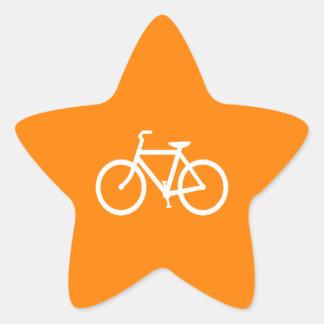 Bici blanca y anaranjada calcomanía forma de estrellae
