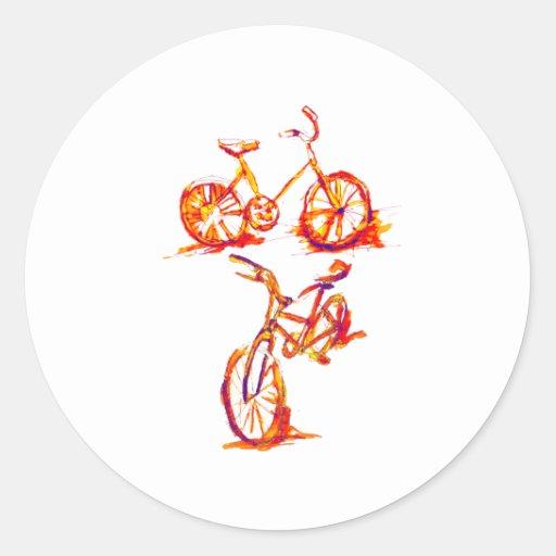 Bici de ciclo roja intrépida etiquetas redondas