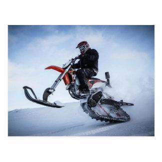 Bici de la nieve de la motocicleta tarjeta postal