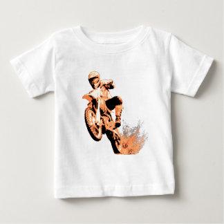 Bici de la suciedad que arruina por (naranja) playera para bebé