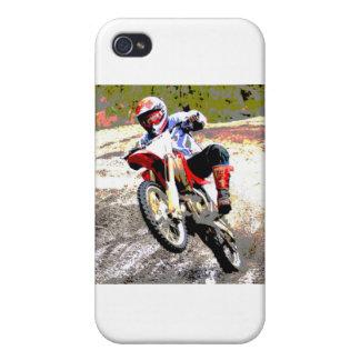 Bici de la suciedad que rueda en el fango en color iPhone 4/4S carcasa