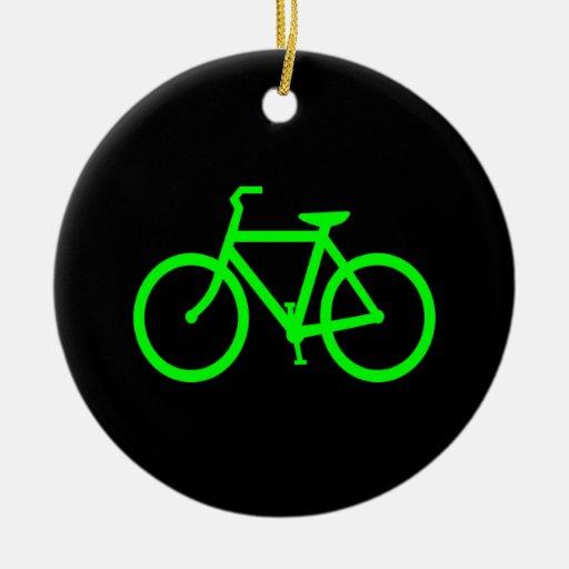 Bici de la verde lima adorno redondo de cerámica