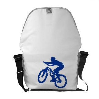 Bici de montaña azul bolsas de mensajeria