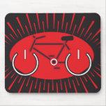 Bici del poder rojo y negro alfombrillas de ratones