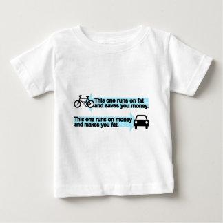 Bici divertida contra el coche playera de bebé