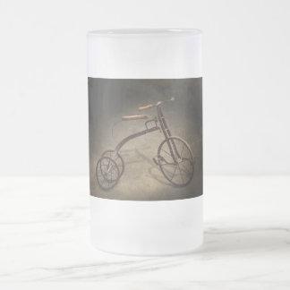 Bici - el triciclo jarra de cerveza esmerilada