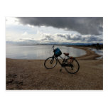Bici en la playa postal