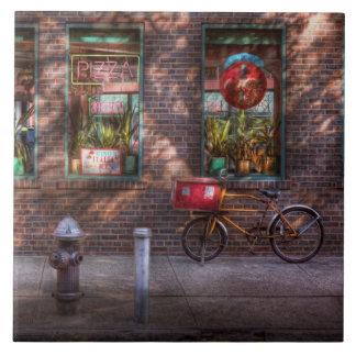 Bici - NY - Chelsea - la bici de la entrega Azulejo Cuadrado Grande