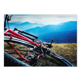 """Bici parqueada que pasa por alto Vista Invitación 5"""" X 7"""""""