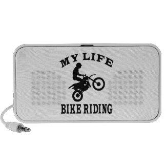 Bici que monta mi vida altavoces de viajar