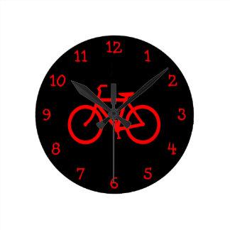 Bici roja reloj redondo mediano