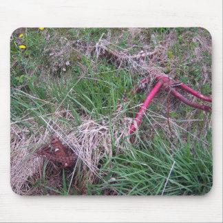 Bici roja vieja Mousepad Alfombrillas De Ratones