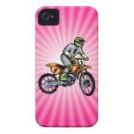 Bici rosada de la suciedad iPhone 4 Case-Mate cárcasas
