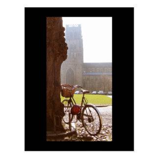 Bici y catedral de Durhm Tarjeta Postal