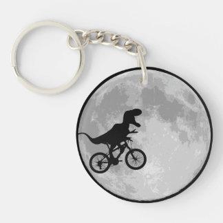 Bici y luna del dinosaurio llavero redondo acrílico a doble cara