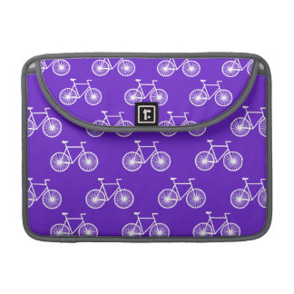 Bicicleta blanca, modelo de ciclo; Púrpura azul Funda Para Macbook Pro